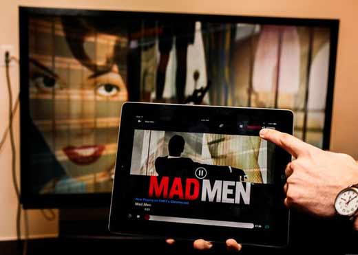 Chromecast-afficher-smartphone-tablette-sur-ecran-tv